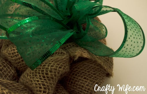 Polka dot and sparkle green ribbon