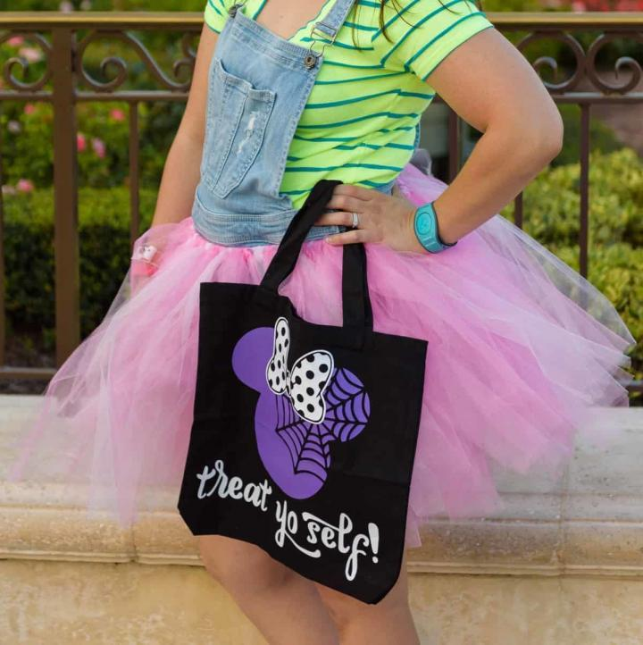 No-sew tutu - DIY your own Halloween costume this year or make one just for fun, this no-sew tutu can be finished in 30 minutes or less! #nosew #tutu #halloweencostumes #handmadehalloween