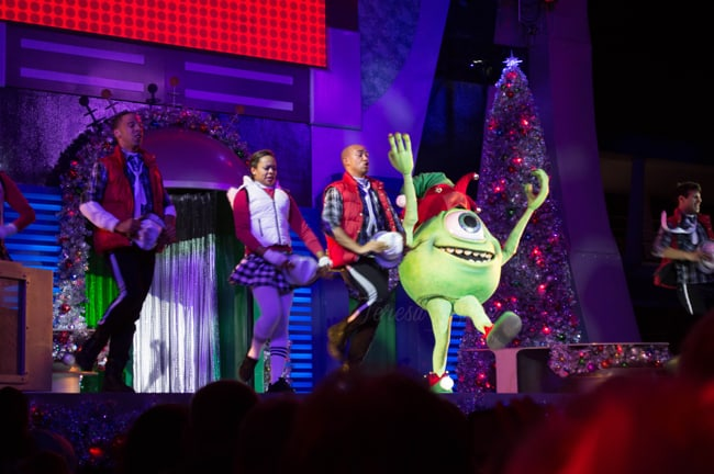Five-Reasons-to-do-Christmas-at-Disney2