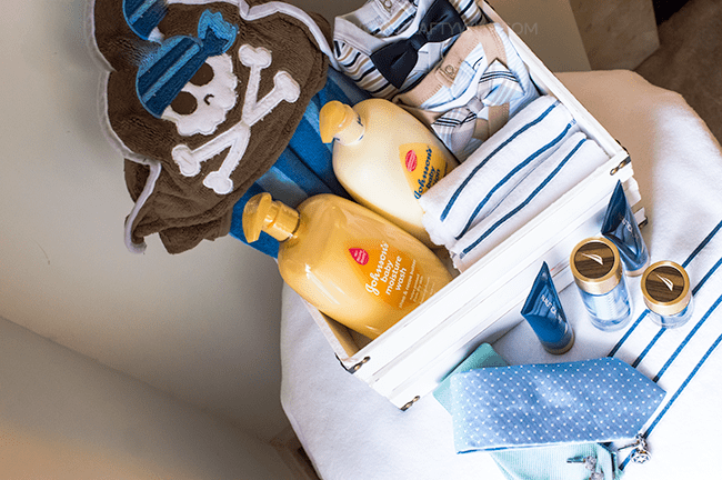 Give the new dad in your life a Daddy & Me Get Ready Together gift basket for Father's Day and pamper him with a Nautica Life gift set from Macy's! #ad #nauticafordad