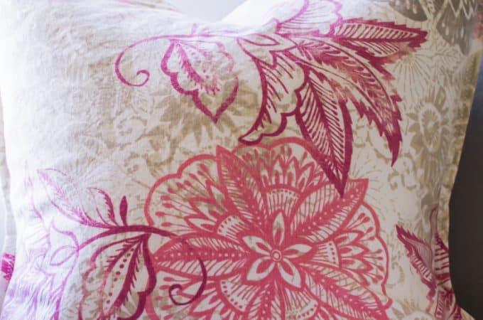 Three-Step Envelope Pillow Tutorial