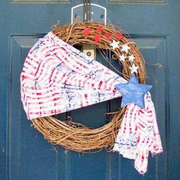 Simple Fabric Patriotic Wreath