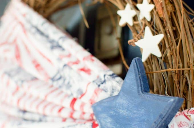 Simple Fabric Patriotic Wreath