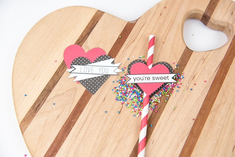 heart on a paper straw diy paper straw toppers 6703