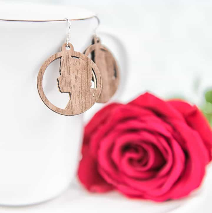 Beauty and the Beast Earrings | Disney Crafts | Disney DIY | Beauty and the Beast Crafts | Silhouette Cameo Crafts | Silhouette Cameo Wood Sheets | Faux Wood Crafts