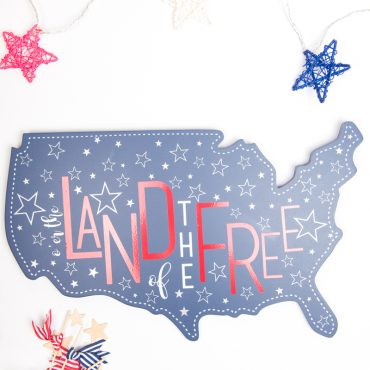 20-Minute Patriotic Land of the Free Decor