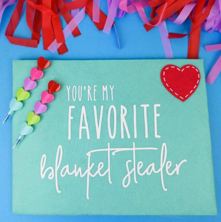 Sarcastic + Honest Felt Envelopes for Valentine's Day