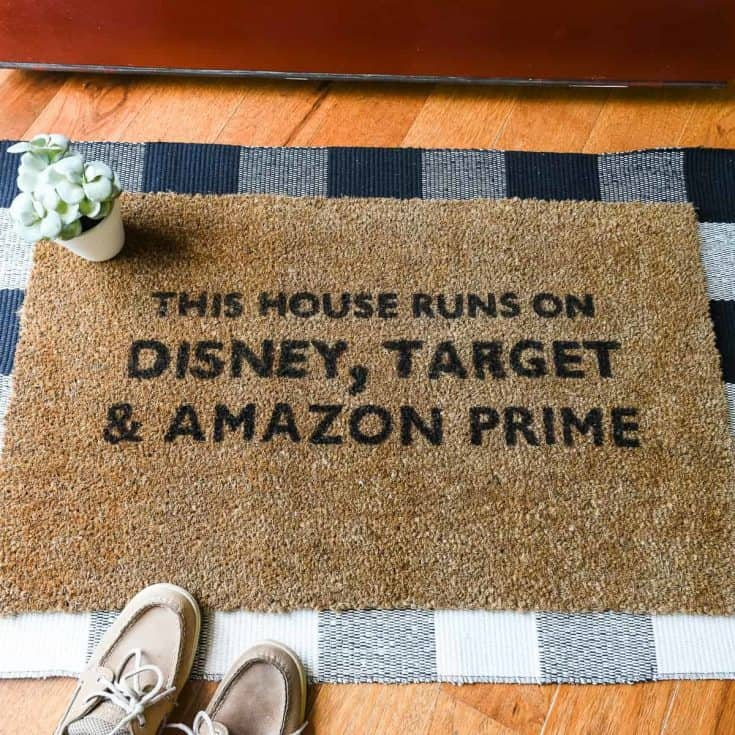 How to Make a Painted DIY Doormat