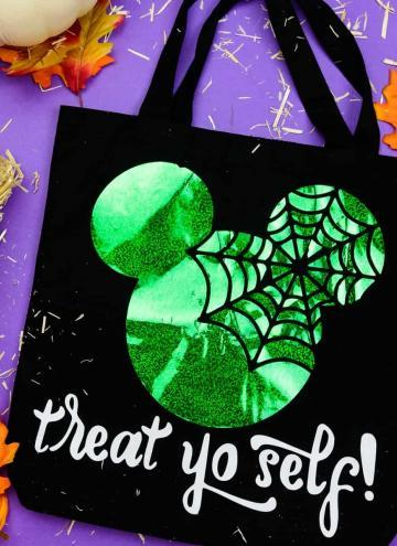 Mickey Halloween trick or treat bag