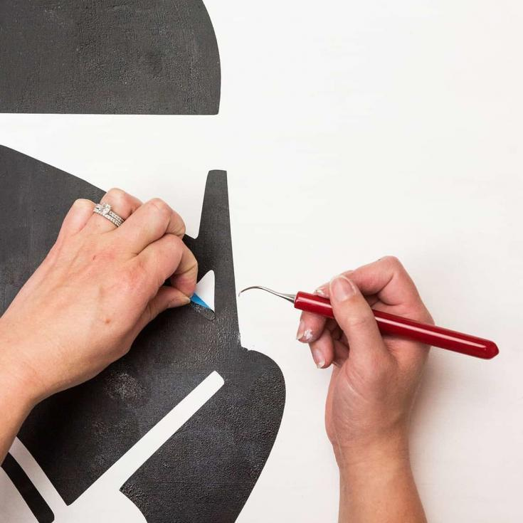 How to Get Clean Paint Lines When Using a Stencil