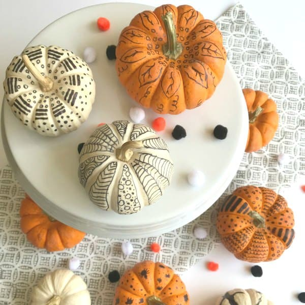 Simple DIY: How to Decorate Pumpkins with Markers
