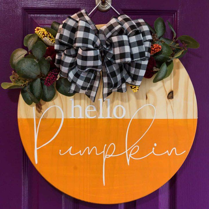 Hello Pumpkin Wood Round Sign