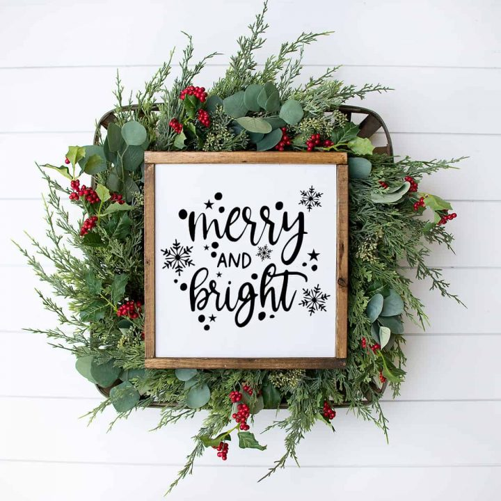 Merry and Bright Wooden Sign Tutorial